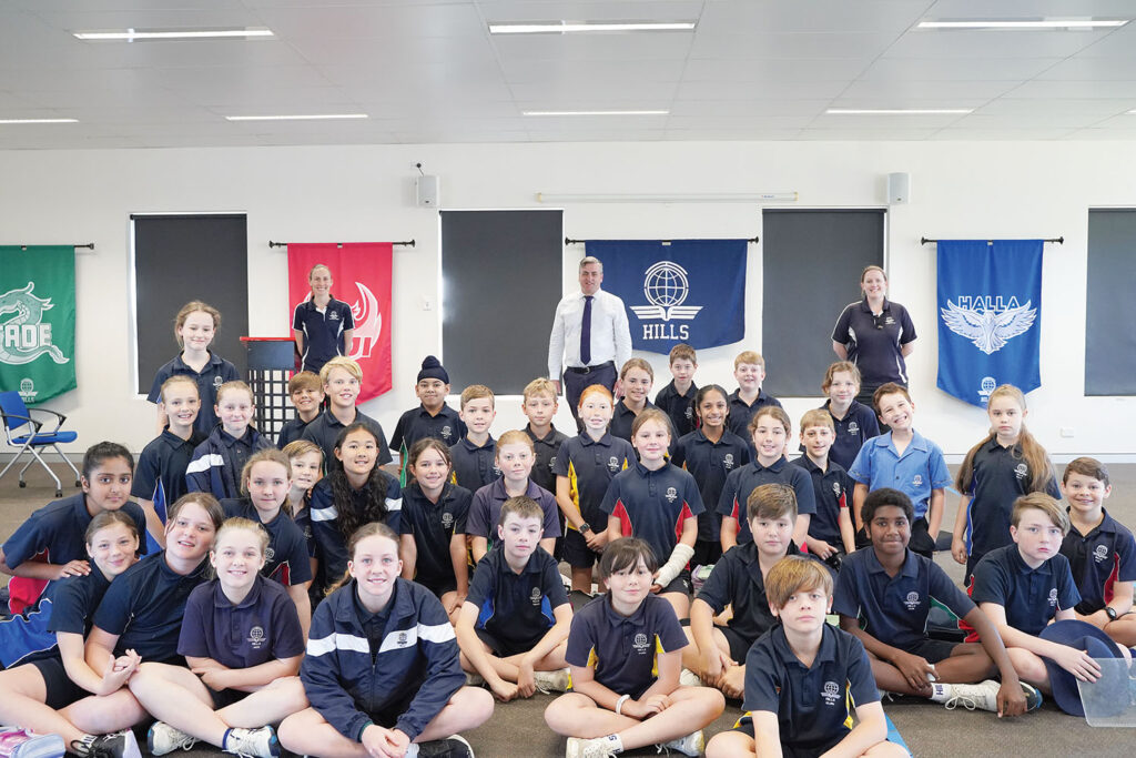 Mr Linus Power MP with Year 5 Students at Leadership Workshop
